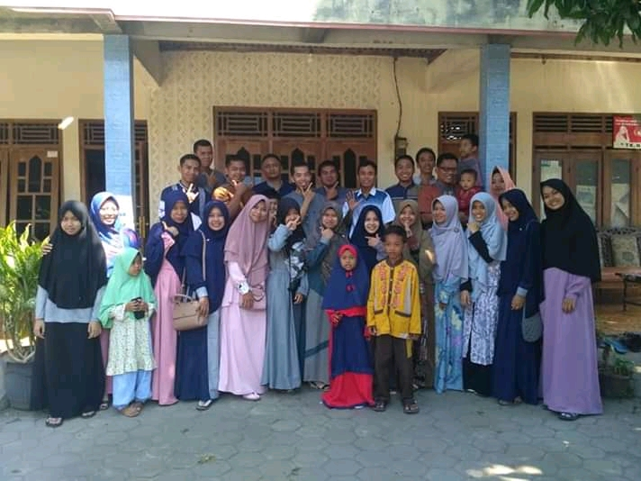 Halal Bi Halal Keluarga besar SMP Birrul Walidain