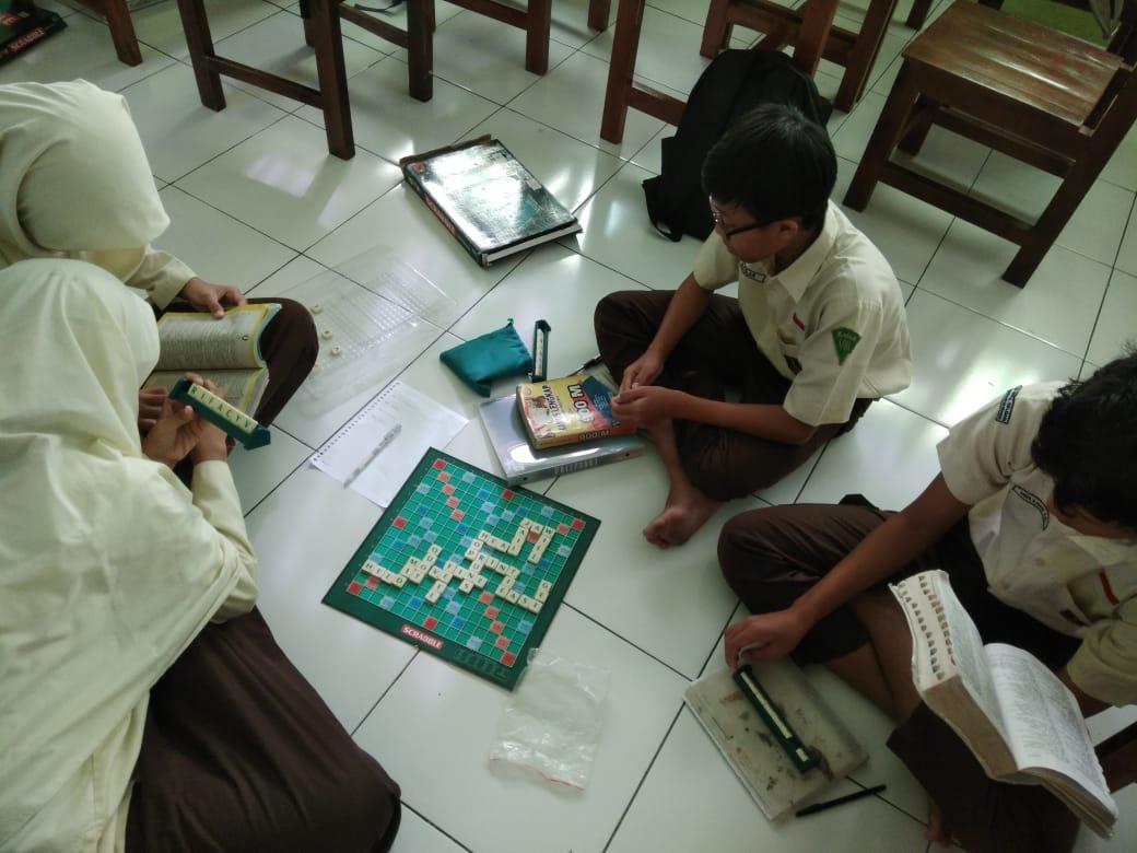 Pilih belajar atau bermain, atau belajar sambil bermain?
