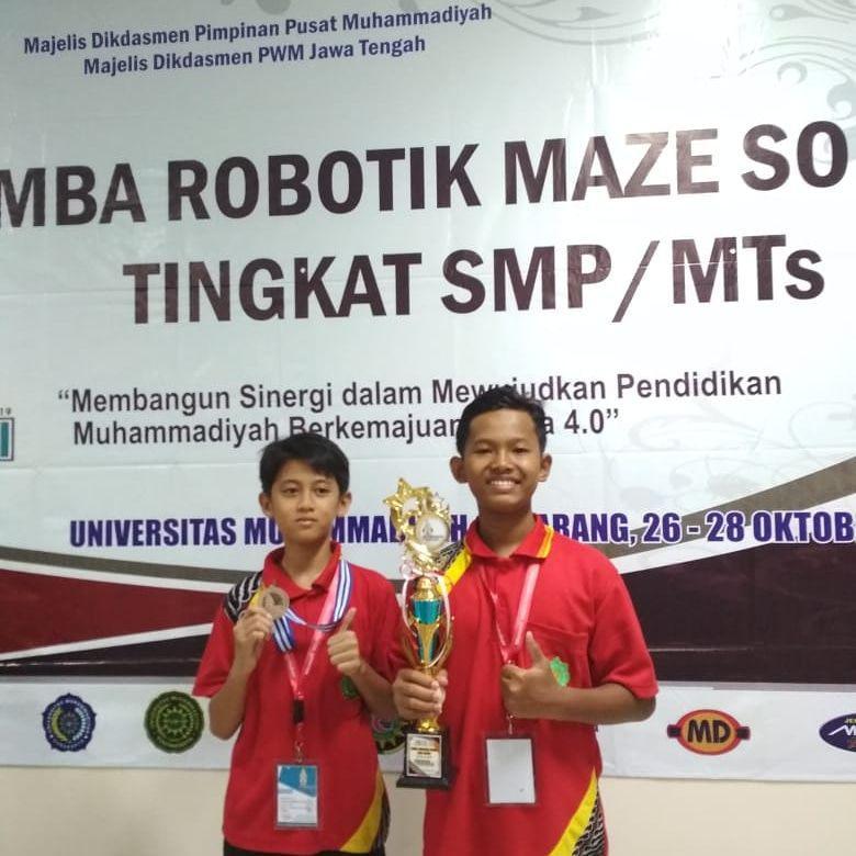 Juara 3 Robotik tingkat Nasional Olympicad di Semarang