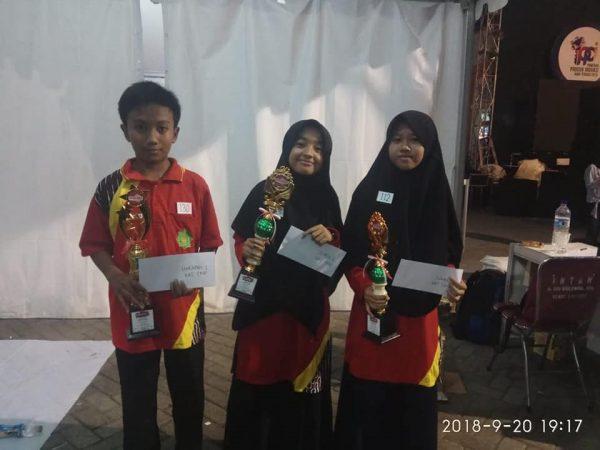 Juara Melukis Caping Dalam Rangka Pameran Produk Inovasi Jateng 2018