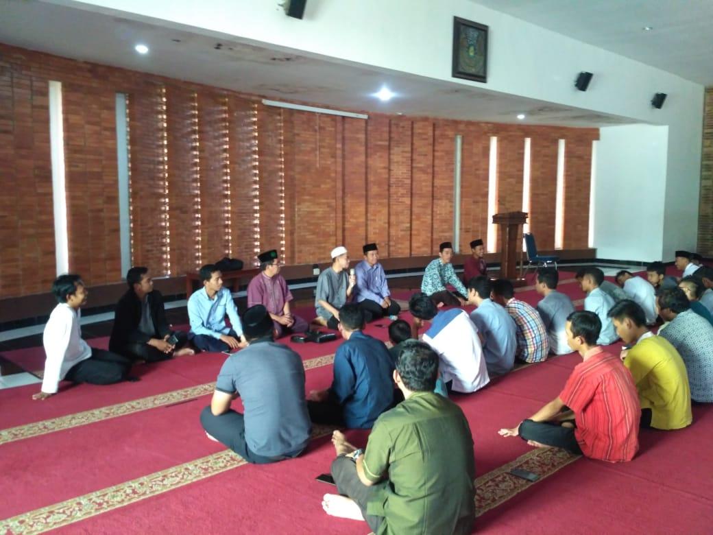 Iktikaf Siswa SMP Birrul Walidain