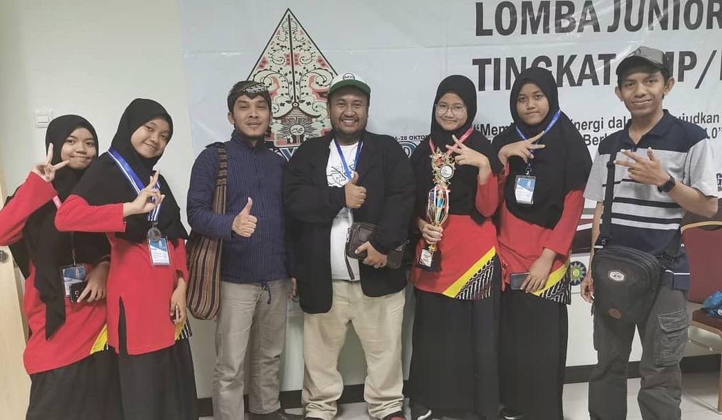 Juara 2 Film Indie Nasional OlympicAD di Semarang